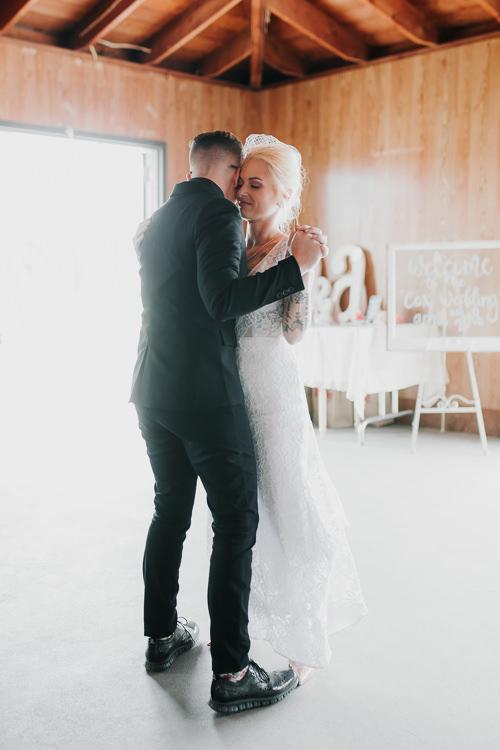 Alex & Ashley - Married - Nathaniel Jensen Photography - Omaha Nebraska Wedding Photography - Omaha Nebraska Wedding Photographer-399.jpg