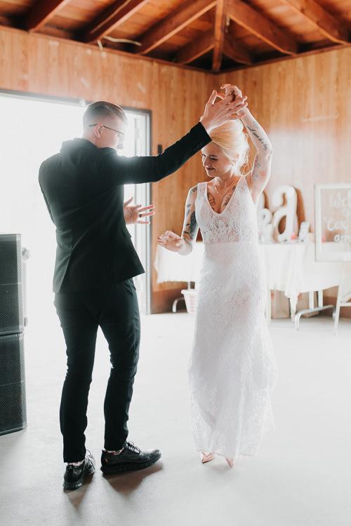 Alex & Ashley - Married - Nathaniel Jensen Photography - Omaha Nebraska Wedding Photography - Omaha Nebraska Wedding Photographer-402.jpg