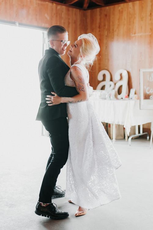Alex & Ashley - Married - Nathaniel Jensen Photography - Omaha Nebraska Wedding Photography - Omaha Nebraska Wedding Photographer-404.jpg