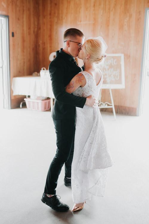 Alex & Ashley - Married - Nathaniel Jensen Photography - Omaha Nebraska Wedding Photography - Omaha Nebraska Wedding Photographer-406.jpg