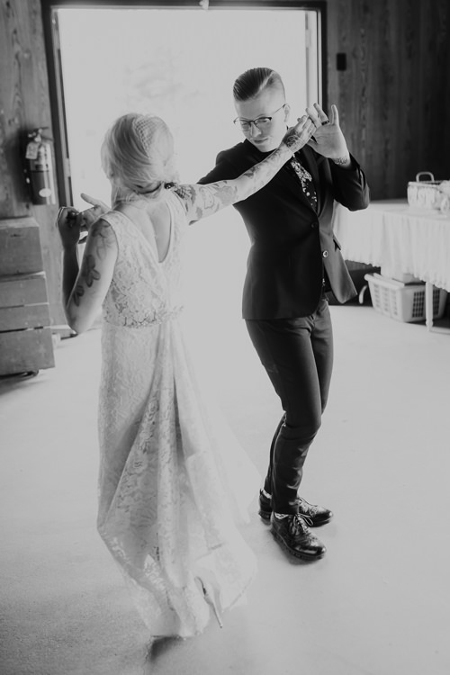 Alex & Ashley - Married - Nathaniel Jensen Photography - Omaha Nebraska Wedding Photography - Omaha Nebraska Wedding Photographer-407.jpg