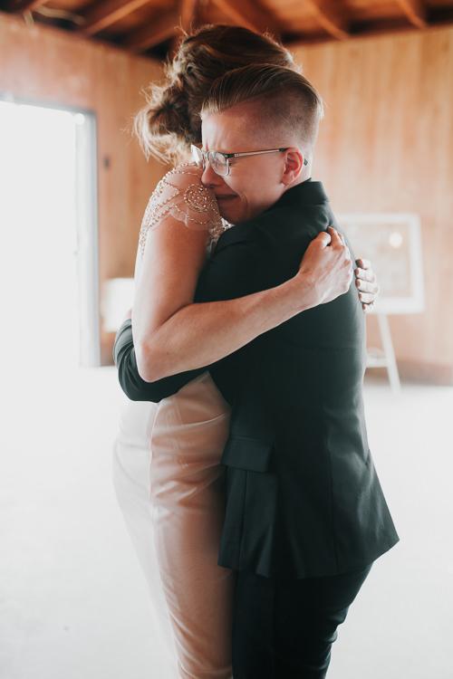 Alex & Ashley - Married - Nathaniel Jensen Photography - Omaha Nebraska Wedding Photography - Omaha Nebraska Wedding Photographer-420.jpg