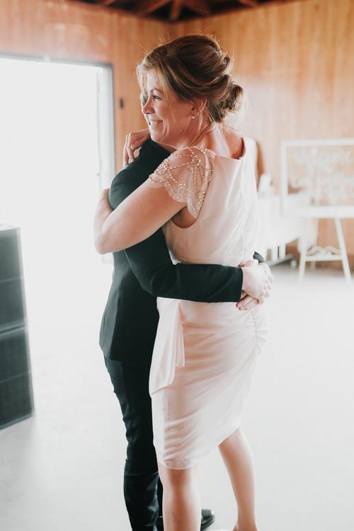 Alex & Ashley - Married - Nathaniel Jensen Photography - Omaha Nebraska Wedding Photography - Omaha Nebraska Wedding Photographer-421.jpg