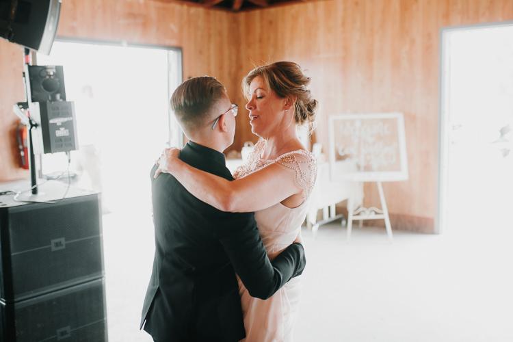 Alex & Ashley - Married - Nathaniel Jensen Photography - Omaha Nebraska Wedding Photography - Omaha Nebraska Wedding Photographer-424.jpg