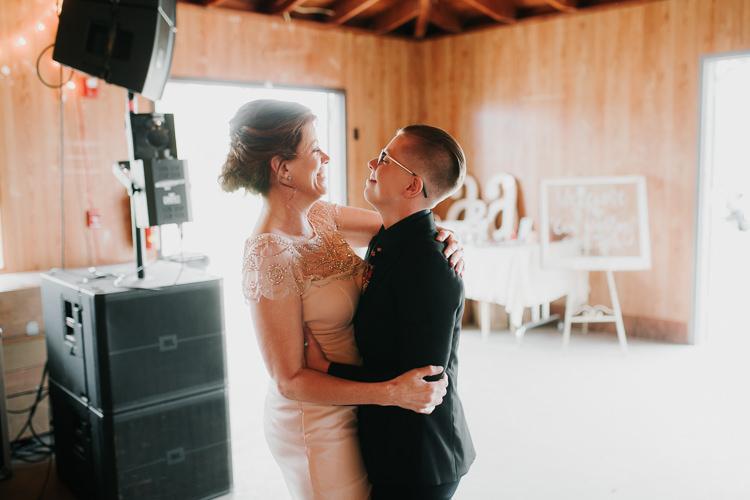 Alex & Ashley - Married - Nathaniel Jensen Photography - Omaha Nebraska Wedding Photography - Omaha Nebraska Wedding Photographer-425.jpg