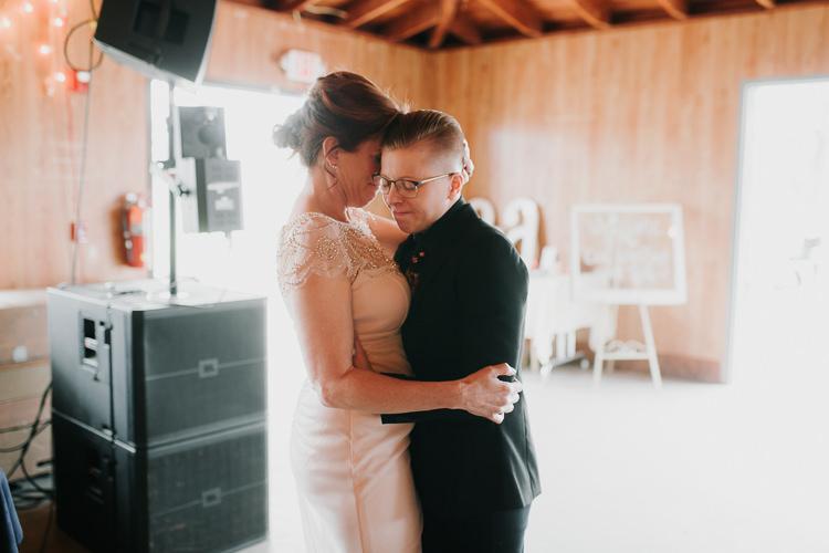 Alex & Ashley - Married - Nathaniel Jensen Photography - Omaha Nebraska Wedding Photography - Omaha Nebraska Wedding Photographer-427.jpg