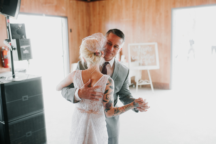 Alex & Ashley - Married - Nathaniel Jensen Photography - Omaha Nebraska Wedding Photography - Omaha Nebraska Wedding Photographer-433.jpg