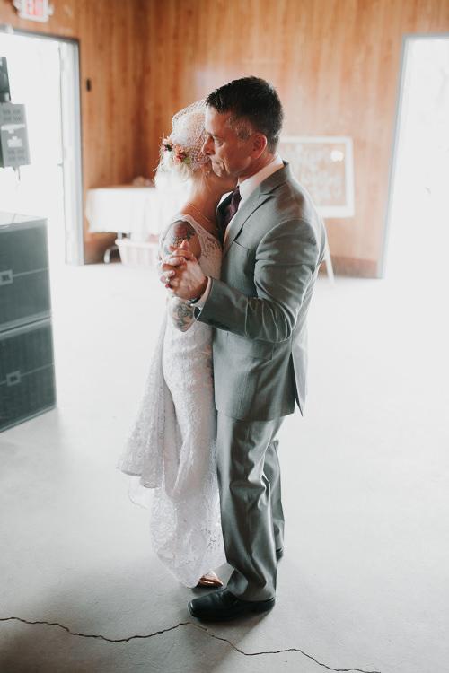 Alex & Ashley - Married - Nathaniel Jensen Photography - Omaha Nebraska Wedding Photography - Omaha Nebraska Wedding Photographer-440.jpg