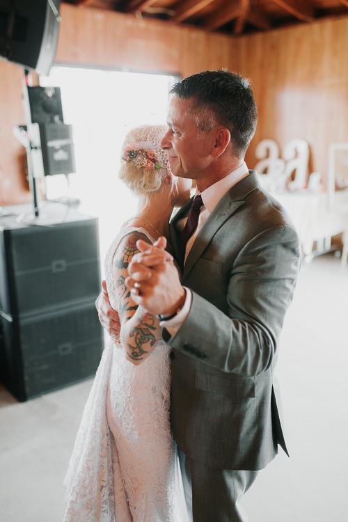 Alex & Ashley - Married - Nathaniel Jensen Photography - Omaha Nebraska Wedding Photography - Omaha Nebraska Wedding Photographer-446.jpg