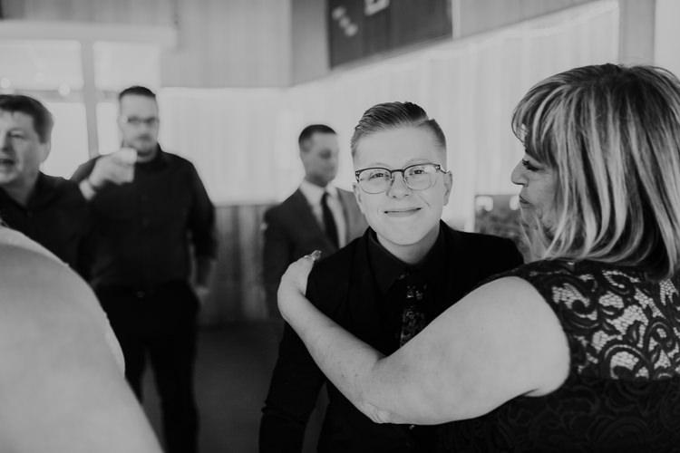 Alex & Ashley - Married - Nathaniel Jensen Photography - Omaha Nebraska Wedding Photography - Omaha Nebraska Wedding Photographer-452.jpg