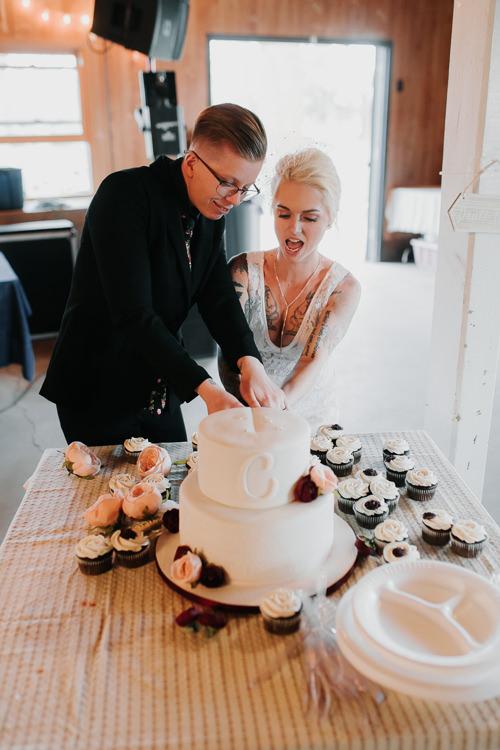 Alex & Ashley - Married - Nathaniel Jensen Photography - Omaha Nebraska Wedding Photography - Omaha Nebraska Wedding Photographer-539.jpg