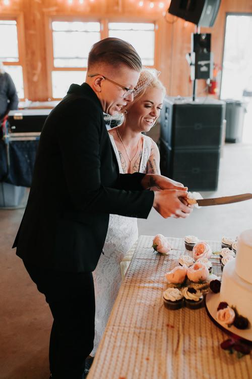 Alex & Ashley - Married - Nathaniel Jensen Photography - Omaha Nebraska Wedding Photography - Omaha Nebraska Wedding Photographer-540.jpg