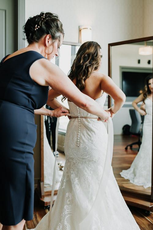 Jazz & Savanna - Married - Nathaniel Jensen Photography - Omaha Nebraska Wedding Photography - Omaha Nebraska Wedding Photographer-146.jpg