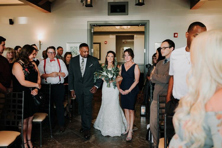 Jazz & Savanna - Married - Nathaniel Jensen Photography - Omaha Nebraska Wedding Photography - Omaha Nebraska Wedding Photographer-265.jpg