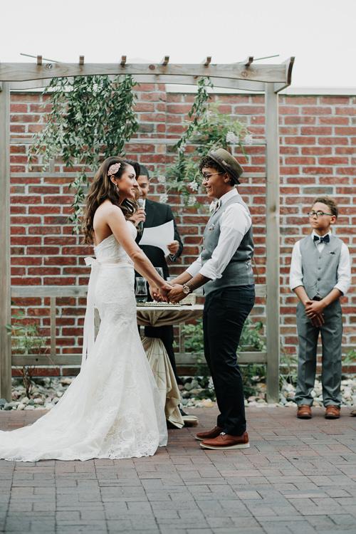 Jazz & Savanna - Married - Nathaniel Jensen Photography - Omaha Nebraska Wedding Photography - Omaha Nebraska Wedding Photographer-275.jpg
