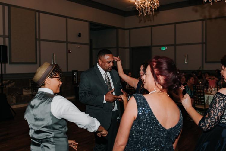 Jazz & Savanna - Married - Nathaniel Jensen Photography - Omaha Nebraska Wedding Photography - Omaha Nebraska Wedding Photographer-454.jpg