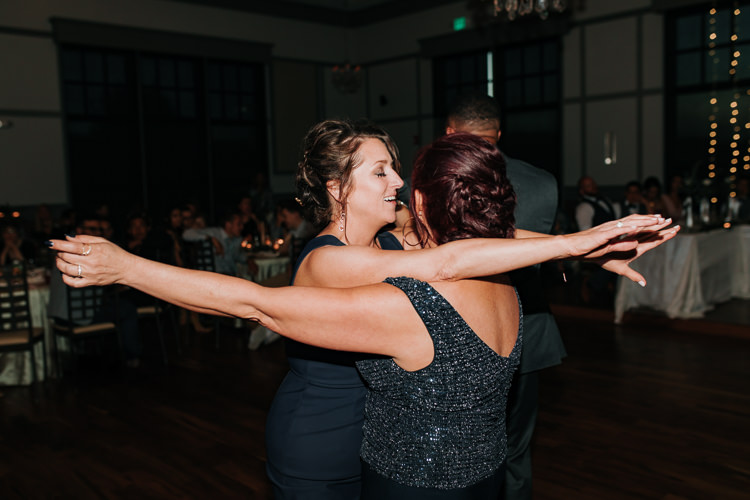 Jazz & Savanna - Married - Nathaniel Jensen Photography - Omaha Nebraska Wedding Photography - Omaha Nebraska Wedding Photographer-458.jpg