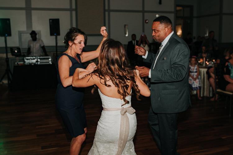 Jazz & Savanna - Married - Nathaniel Jensen Photography - Omaha Nebraska Wedding Photography - Omaha Nebraska Wedding Photographer-464.jpg