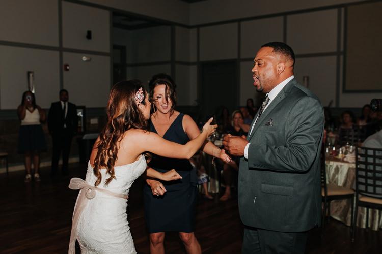 Jazz & Savanna - Married - Nathaniel Jensen Photography - Omaha Nebraska Wedding Photography - Omaha Nebraska Wedding Photographer-468.jpg