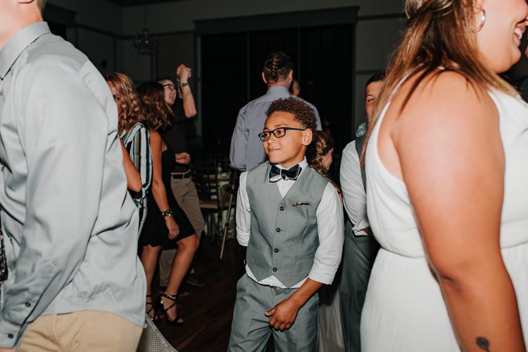 Jazz & Savanna - Married - Nathaniel Jensen Photography - Omaha Nebraska Wedding Photography - Omaha Nebraska Wedding Photographer-509.jpg