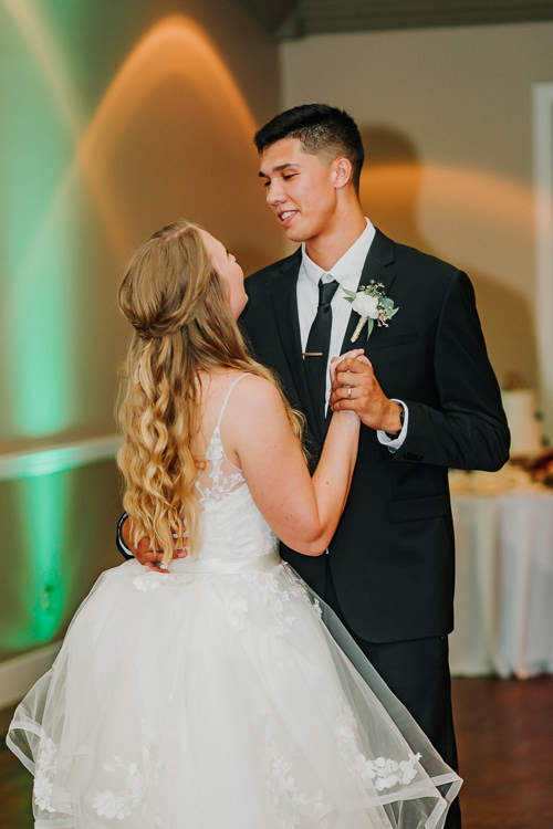 Kimberly & Tristan - Married - Nathaniel Jensen Photography - Omaha Nebraska Wedding Photograper - Field Club of Omaha-343.jpg