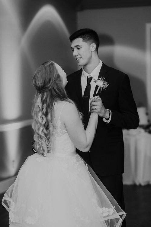 Kimberly & Tristan - Married - Nathaniel Jensen Photography - Omaha Nebraska Wedding Photograper - Field Club of Omaha-344.jpg