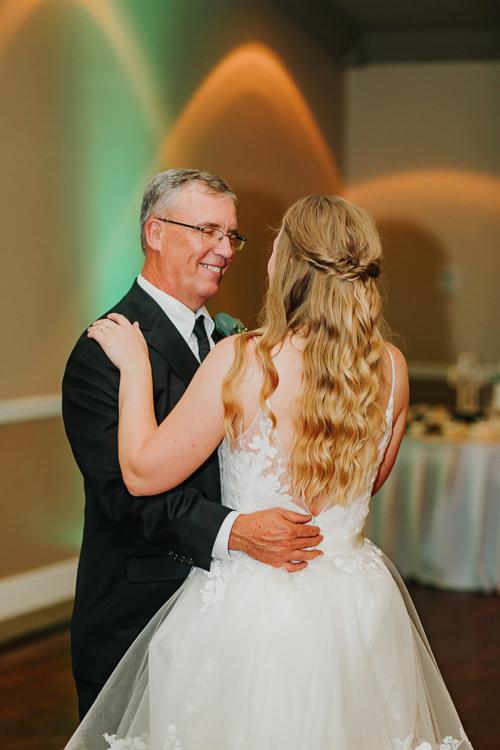 Kimberly & Tristan - Married - Nathaniel Jensen Photography - Omaha Nebraska Wedding Photograper - Field Club of Omaha-347.jpg