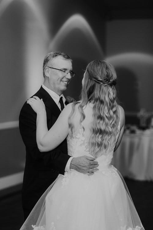 Kimberly & Tristan - Married - Nathaniel Jensen Photography - Omaha Nebraska Wedding Photograper - Field Club of Omaha-348.jpg