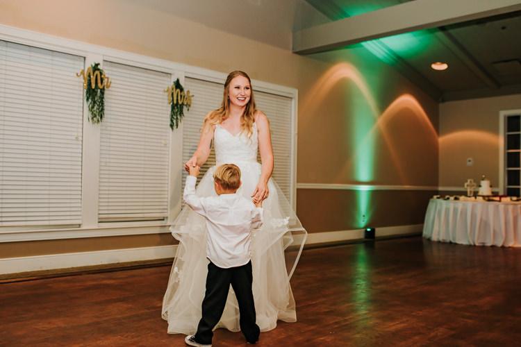 Kimberly & Tristan - Married - Nathaniel Jensen Photography - Omaha Nebraska Wedding Photograper - Field Club of Omaha-359.jpg