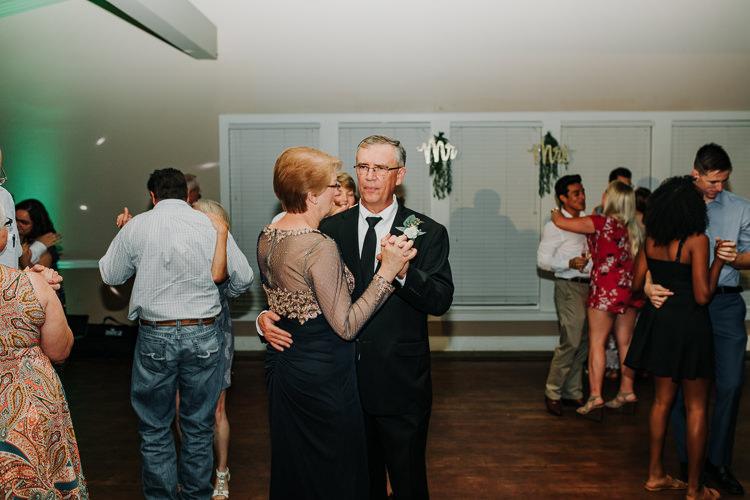 Kimberly & Tristan - Married - Nathaniel Jensen Photography - Omaha Nebraska Wedding Photograper - Field Club of Omaha-400.jpg