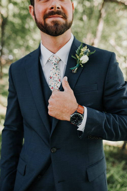 Cassidy & Isaac - Married - Nathaniel Jensen Photography - Omaha Nebraska Wedding Photograper - Nordstroms Christmas Tree Farm-179.jpg
