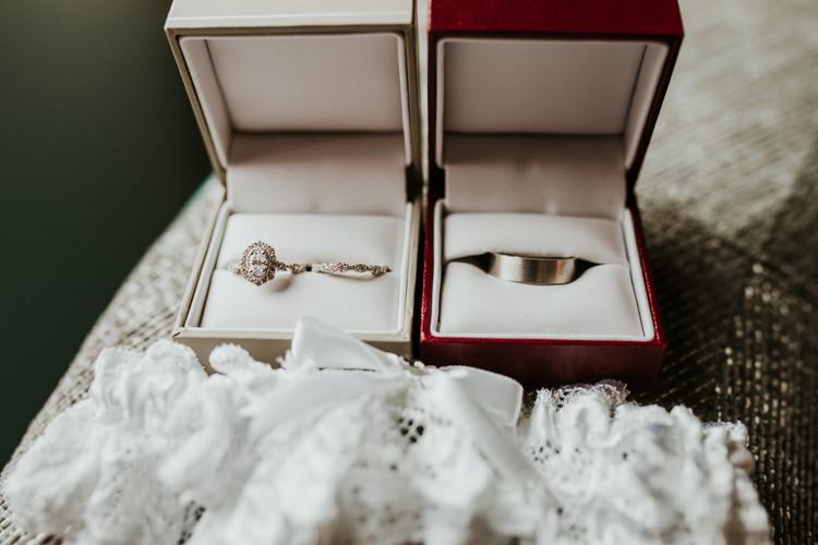 Heather & Drew - Married - Nathaniel Jensen Photography - Omaha Nebraska Wedding Photograper - Falconwood Park - Bellevue Nebraska-76.jpg
