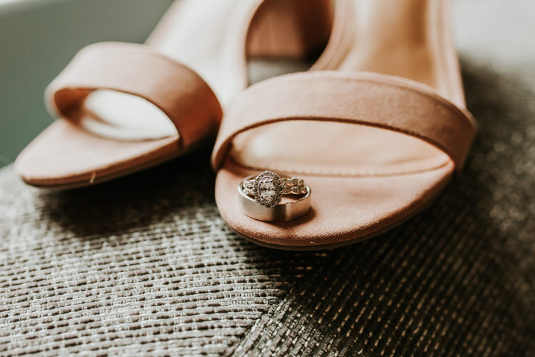 Heather & Drew - Married - Nathaniel Jensen Photography - Omaha Nebraska Wedding Photograper - Falconwood Park - Bellevue Nebraska-81.jpg