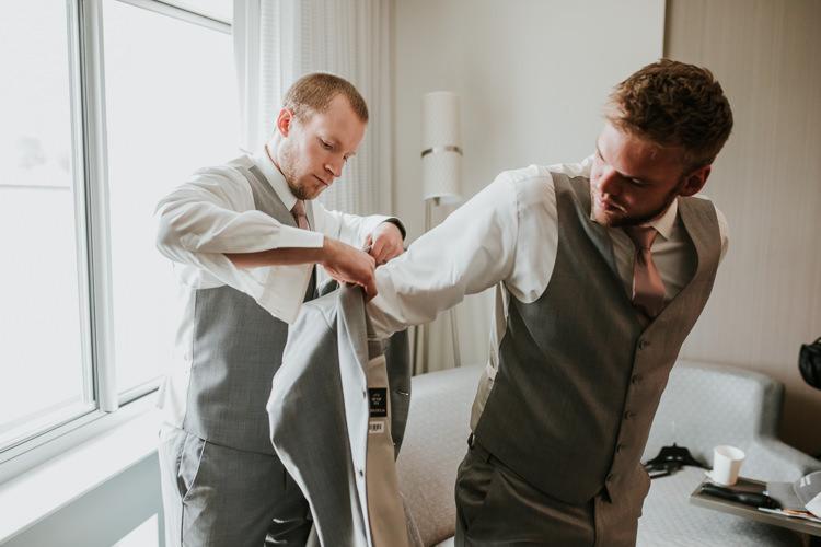 Heather & Drew - Married - Nathaniel Jensen Photography - Omaha Nebraska Wedding Photograper - Falconwood Park - Bellevue Nebraska-106.jpg