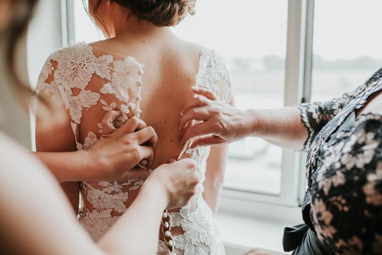 Heather & Drew - Married - Nathaniel Jensen Photography - Omaha Nebraska Wedding Photograper - Falconwood Park - Bellevue Nebraska-118.jpg