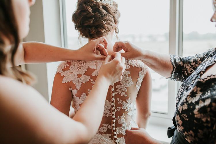 Heather & Drew - Married - Nathaniel Jensen Photography - Omaha Nebraska Wedding Photograper - Falconwood Park - Bellevue Nebraska-122.jpg