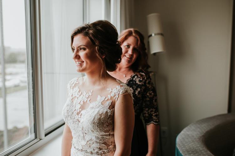 Heather & Drew - Married - Nathaniel Jensen Photography - Omaha Nebraska Wedding Photograper - Falconwood Park - Bellevue Nebraska-125.jpg