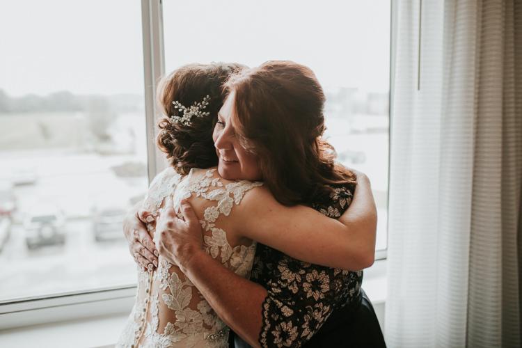 Heather & Drew - Married - Nathaniel Jensen Photography - Omaha Nebraska Wedding Photograper - Falconwood Park - Bellevue Nebraska-126.jpg
