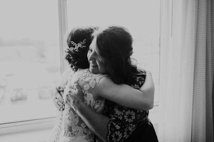 Heather & Drew - Married - Nathaniel Jensen Photography - Omaha Nebraska Wedding Photograper - Falconwood Park - Bellevue Nebraska-127.jpg