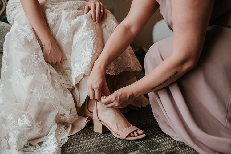 Heather & Drew - Married - Nathaniel Jensen Photography - Omaha Nebraska Wedding Photograper - Falconwood Park - Bellevue Nebraska-136.jpg