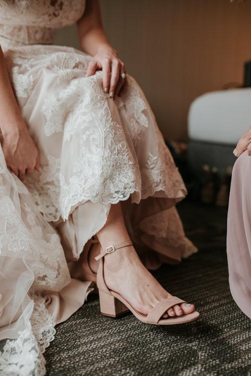 Heather & Drew - Married - Nathaniel Jensen Photography - Omaha Nebraska Wedding Photograper - Falconwood Park - Bellevue Nebraska-137.jpg