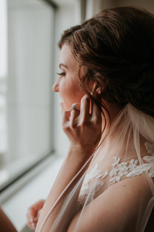 Heather & Drew - Married - Nathaniel Jensen Photography - Omaha Nebraska Wedding Photograper - Falconwood Park - Bellevue Nebraska-142.jpg