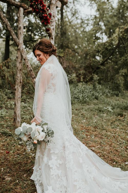 Heather & Drew - Married - Nathaniel Jensen Photography - Omaha Nebraska Wedding Photograper - Falconwood Park - Bellevue Nebraska-180.jpg