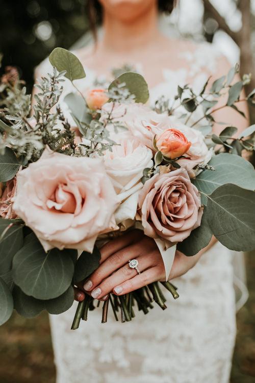 Heather & Drew - Married - Nathaniel Jensen Photography - Omaha Nebraska Wedding Photograper - Falconwood Park - Bellevue Nebraska-183.jpg
