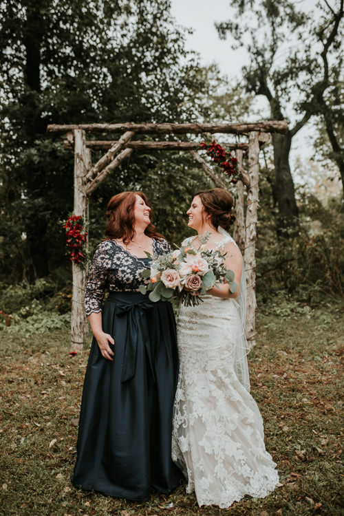 Heather & Drew - Married - Nathaniel Jensen Photography - Omaha Nebraska Wedding Photograper - Falconwood Park - Bellevue Nebraska-194.jpg