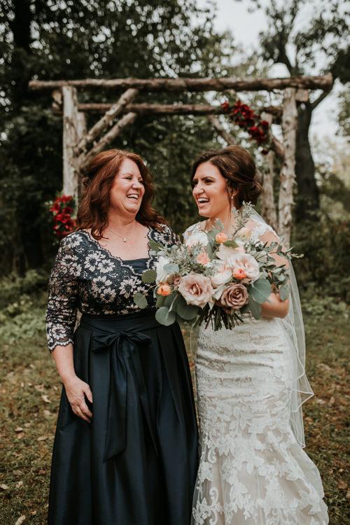 Heather & Drew - Married - Nathaniel Jensen Photography - Omaha Nebraska Wedding Photograper - Falconwood Park - Bellevue Nebraska-195.jpg