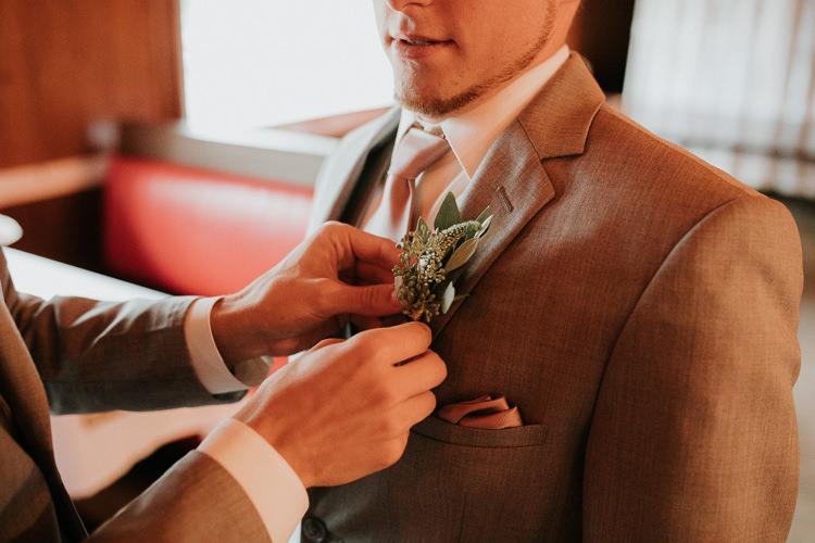 Heather & Drew - Married - Nathaniel Jensen Photography - Omaha Nebraska Wedding Photograper - Falconwood Park - Bellevue Nebraska-197.jpg