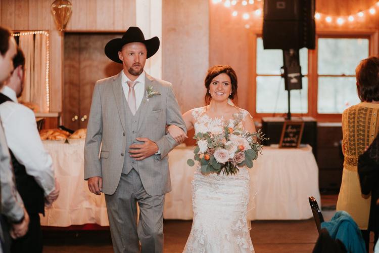 Heather & Drew - Married - Nathaniel Jensen Photography - Omaha Nebraska Wedding Photograper - Falconwood Park - Bellevue Nebraska-289.jpg