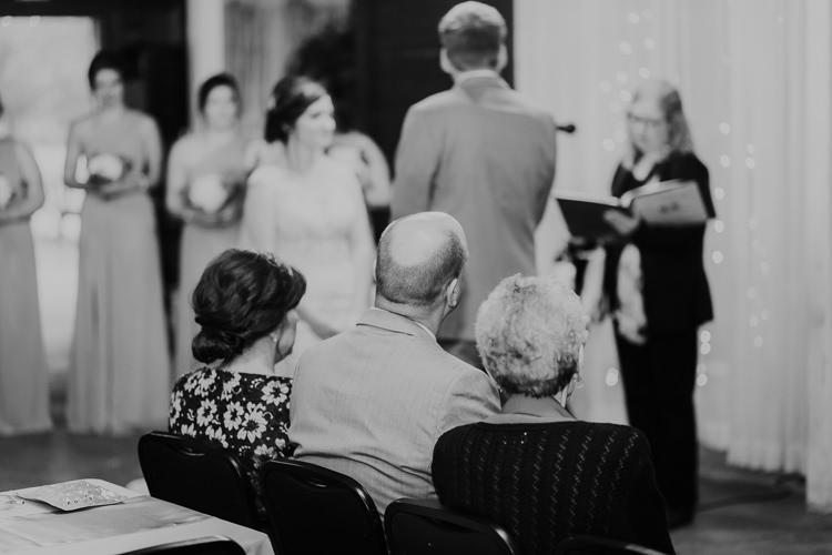 Heather & Drew - Married - Nathaniel Jensen Photography - Omaha Nebraska Wedding Photograper - Falconwood Park - Bellevue Nebraska-301.jpg