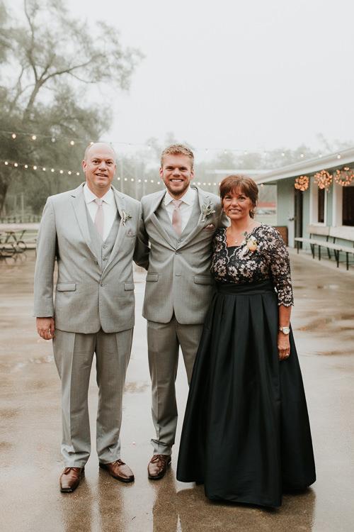 Heather & Drew - Married - Nathaniel Jensen Photography - Omaha Nebraska Wedding Photograper - Falconwood Park - Bellevue Nebraska-330.jpg